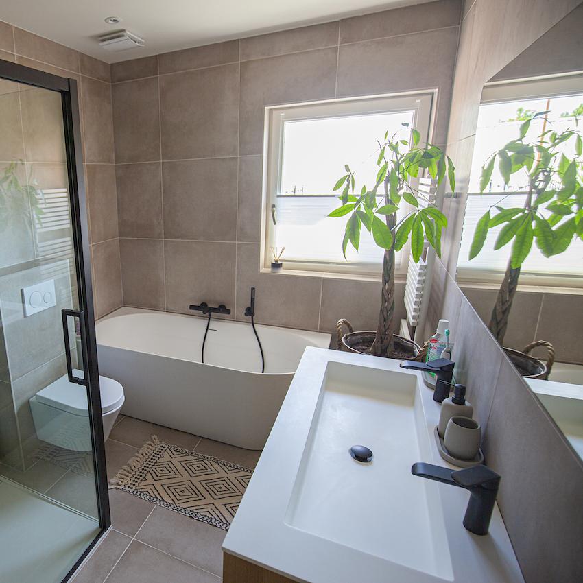 Deze Bijzondere Italiaanse Tegels Passen Perfect In Onze Badkamer