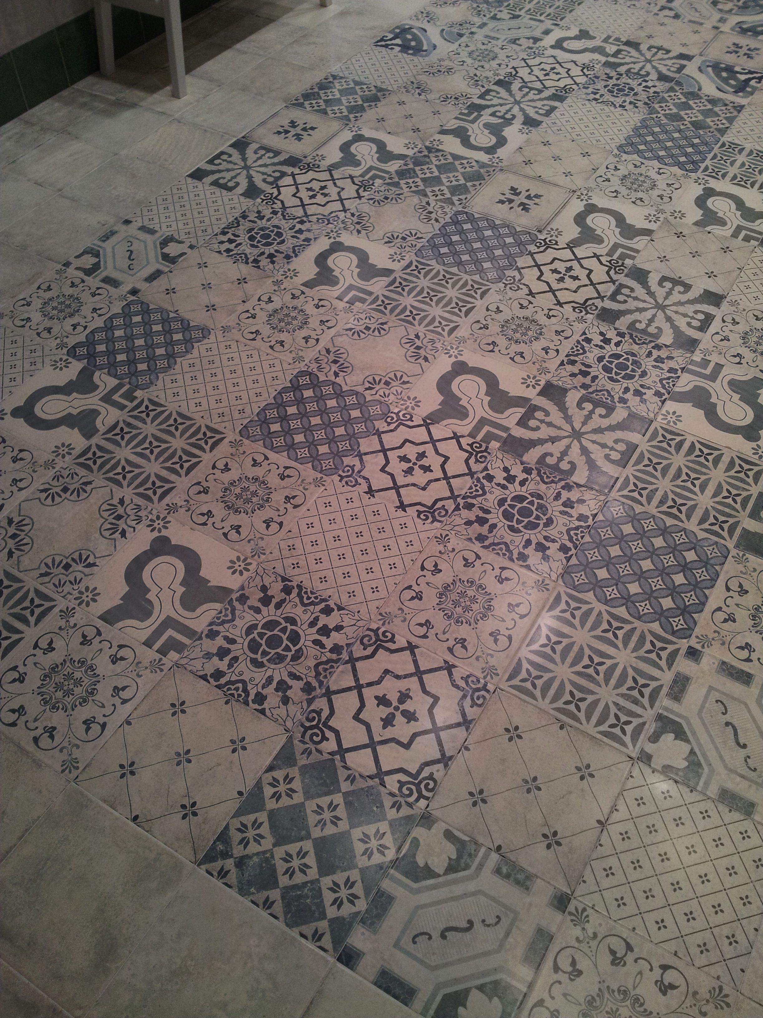 Dekor antiqua matte wand vloertegelmix per m2 online for Matte tegels